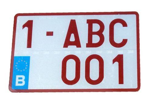plaque d 39 immatriculation moto blanc texte rouge plexi. Black Bedroom Furniture Sets. Home Design Ideas