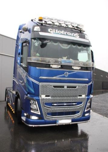 Stainless steel stoneguard Volvo FH4 Glob/GlobXL >2013- - All for your car and truck Delrue