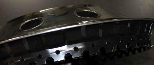 enjoliveur nr 2 inox 16 39 39 bomb s fixations en acier tout pour votre voiture et camion delrue. Black Bedroom Furniture Sets. Home Design Ideas